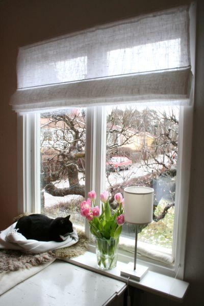 Chez larsson new curtains - Fenster dekorieren mit gardinen ...